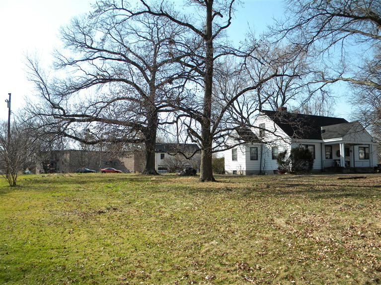real estate photo 1 for 7502 Dixie HWY Florence, KY 41042