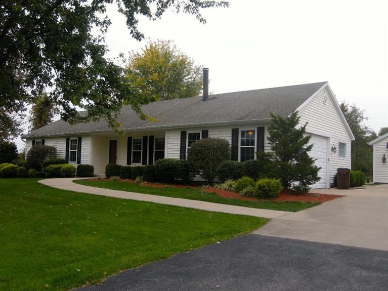 real estate photo 1 for 2745 Watts Rd Burlington, KY 41005