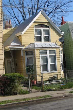 real estate photo 1 for 220 Byrd St Covington, KY 41011