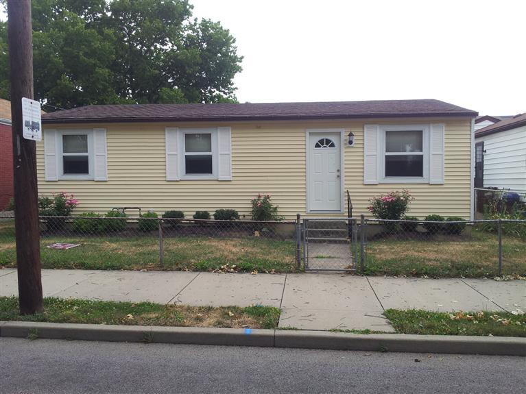 real estate photo 1 for 322 W 7th St Newport, KY 41071