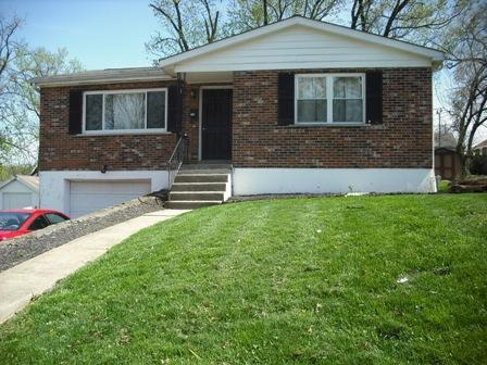 real estate photo 1 for 216 Dell St Elsmere, KY 41018