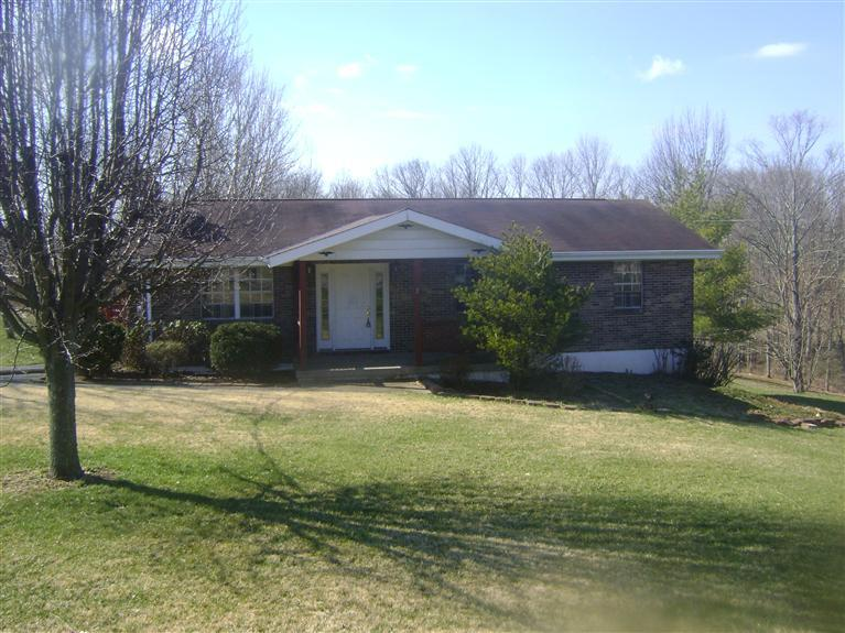 real estate photo 1 for 2451 Moffett Rd Independence, KY 41051