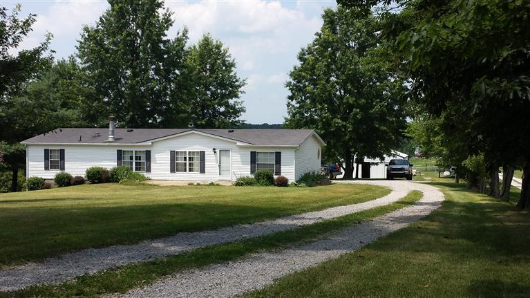real estate photo 1 for 701 Humes Ridge Rd Williamstown, KY 41097