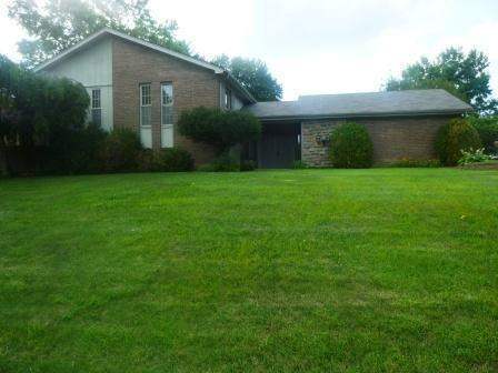 real estate photo 1 for 8851 Boone Valley Dr Florence, KY 41042