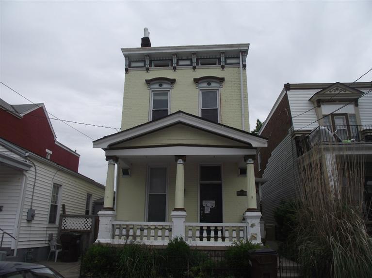 1033 Washington Ave