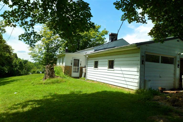 real estate photo 1 for 6528 Rabbit Hash Hill Rd Burlington, KY 41005