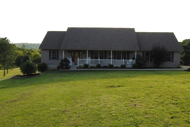 real estate photo 1 for 1005 Jump Rd Dry Ridge, KY 41035