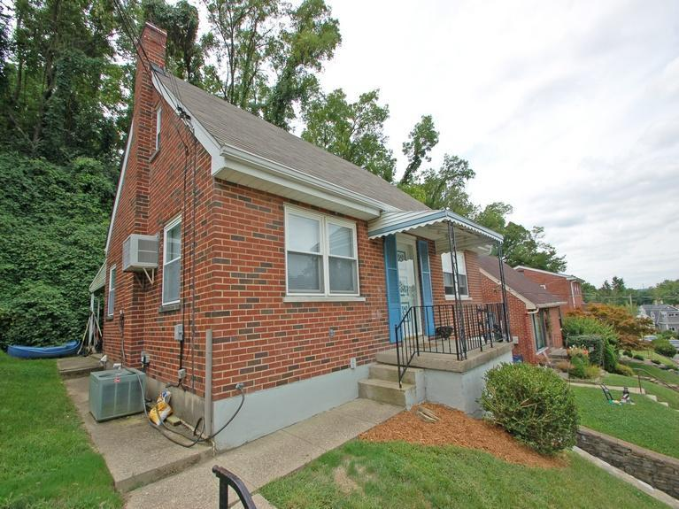 real estate photo 1 for 214 Cleveland Ave Bellevue, KY 41073