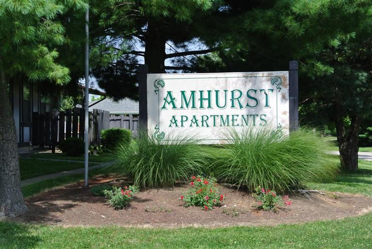 106 Amhurst Dr