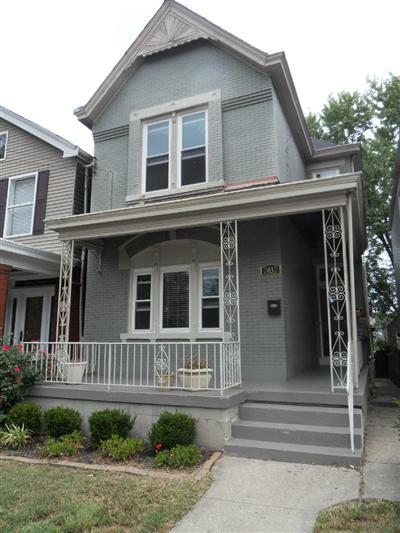 real estate photo 1 for 2032 Greenup St Covington, KY 41014