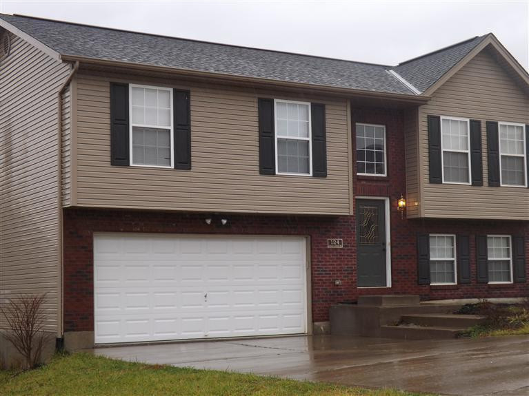 real estate photo 1 for 124 eagle creek Dr Dry Ridge, KY 41035