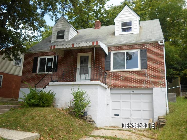 real estate photo 1 for 2229 Joyce Ave Newport, KY 41071