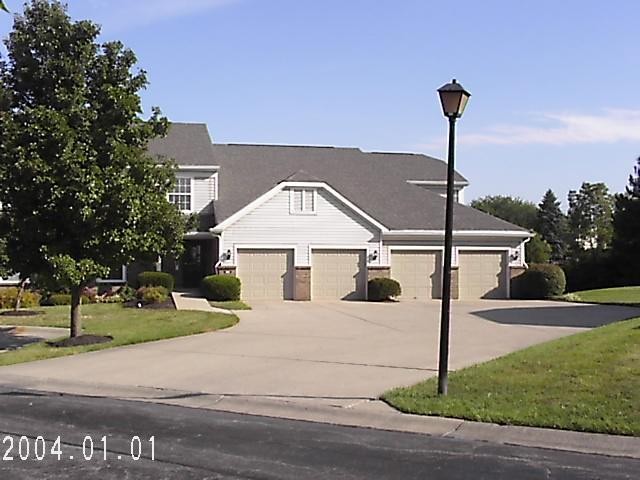 real estate photo 1 for 104 N watchtower Dr N, 204 Wilder, KY 41076