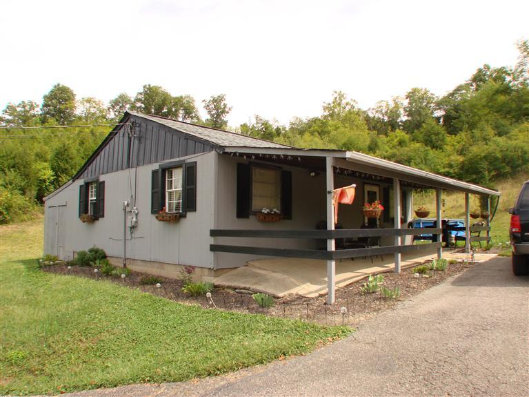 real estate photo 1 for 1830 Upper Tug Fork Rd Alexandria, KY 41001