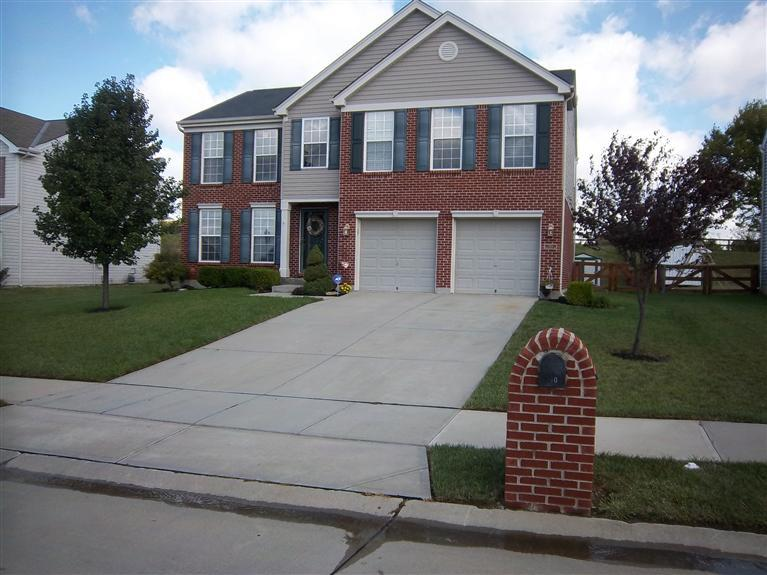 real estate photo 1 for 280 University Dr Walton, KY 41094