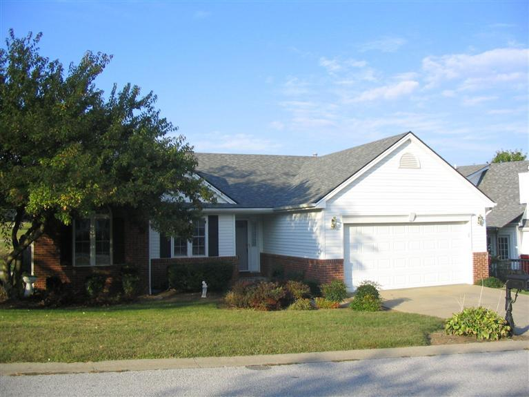 real estate photo 1 for 105 Medinah Ct Frankfort, KY 40601