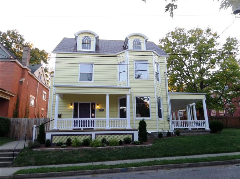 real estate photo 1 for 2213 Greenup St Covington, KY 41014