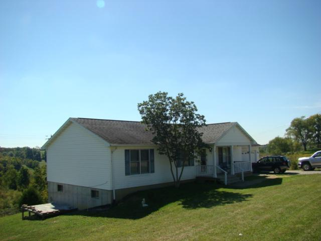 real estate photo 1 for 17605 New Columbus Rd Corinth, KY 41010