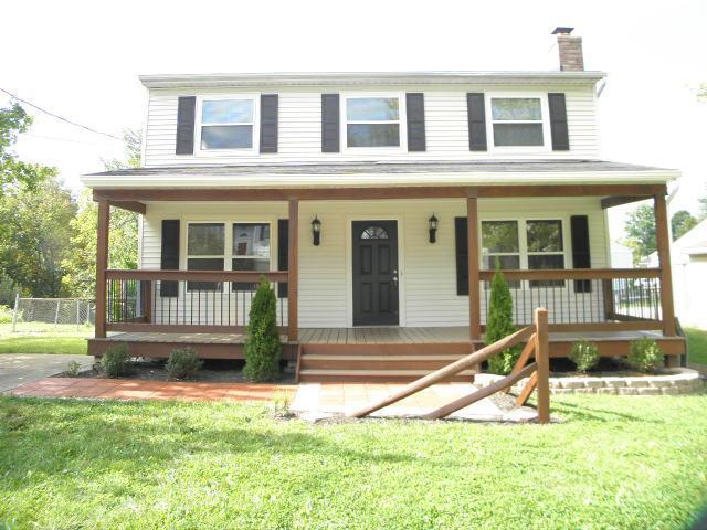 real estate photo 1 for 8355 Tamarack Dr Florence, KY 41042