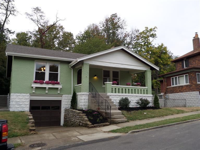 real estate photo 1 for 95 Strathmore Ave Fort Thomas, KY 41075