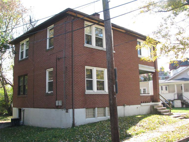 real estate photo 2 for 2316 Greenup St Covington, KY 41014