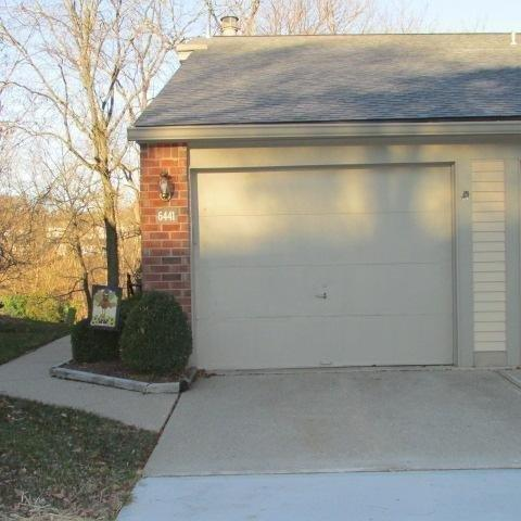 real estate photo 1 for 6441 Summerfield Dr Florence, KY 41042