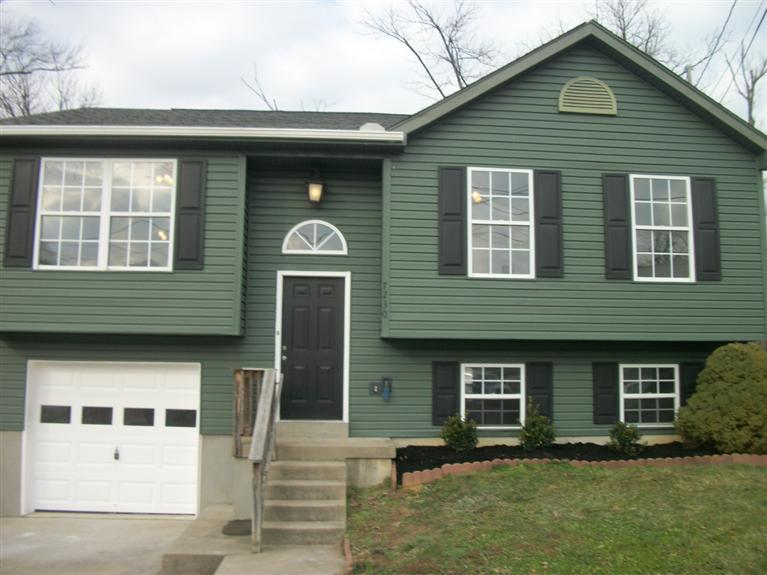 real estate photo 1 for 7230 Isaac Ln Florence, KY 41042