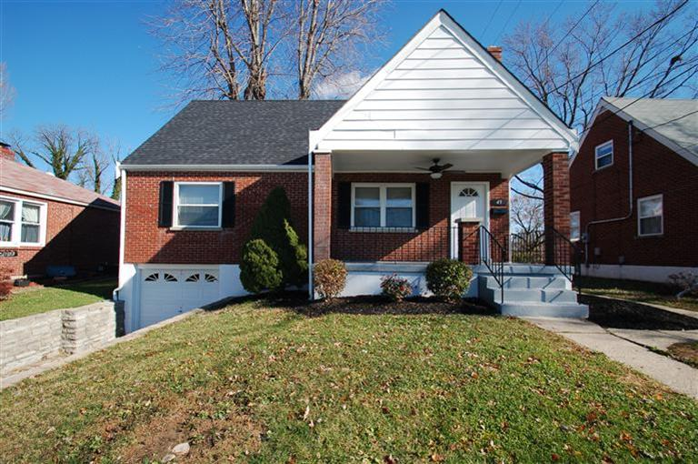 real estate photo 1 for 49 Park Ave Elsmere, KY 41018