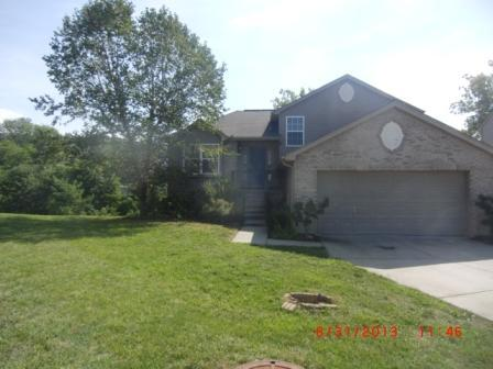 real estate photo 1 for 2426 Hilliard Dr Hebron, KY 41048