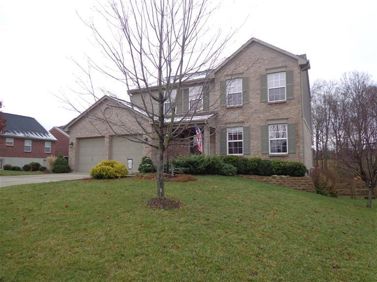 real estate photo 1 for 1030 Wakefield Ct Hebron, KY 41048