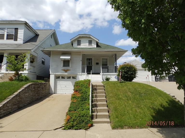real estate photo 1 for 122 E 41st St Latonia, KY 41015
