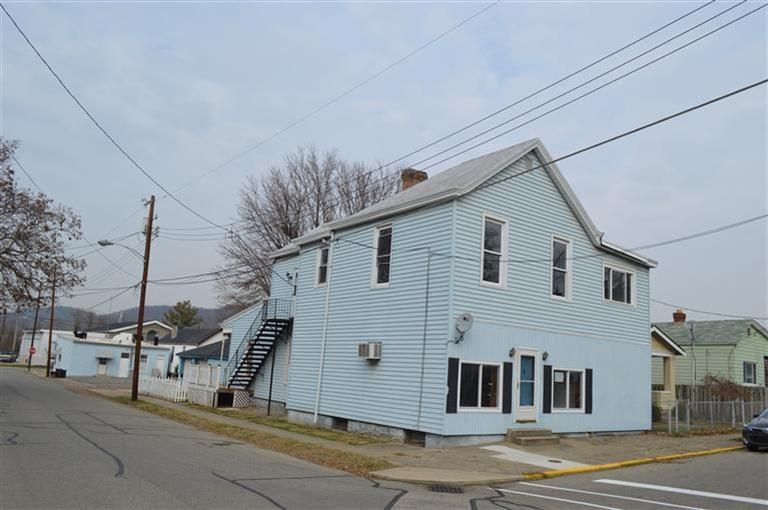 real estate photo 1 for 240 Shelby St Bromley, KY 41016