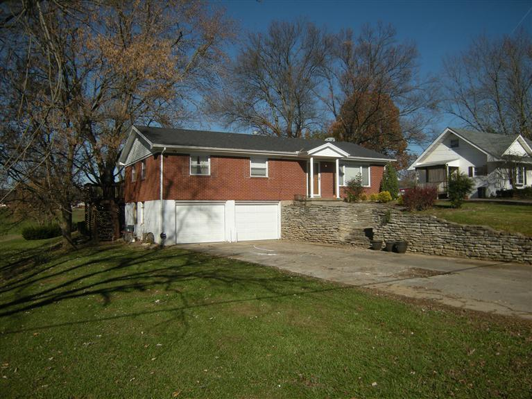 real estate photo 1 for 1007 Winslow St Carrollton, KY 41008