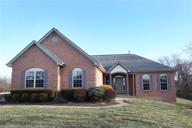 real estate photo 1 for 8200 Kara Ln Hebron, KY 41048