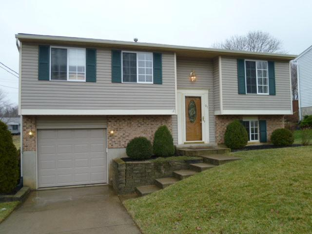 real estate photo 1 for 91 Kelley Dr Florence, KY 41042