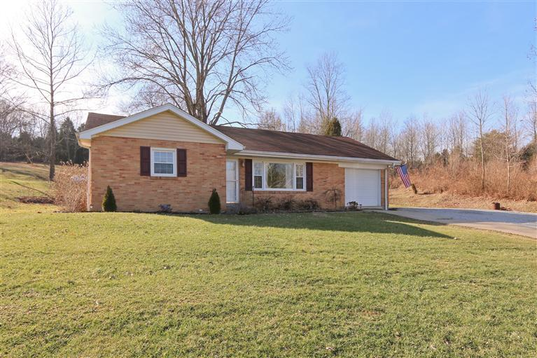 real estate photo 1 for 9082 Persimmon Grove Pike Alexandria, KY 41001