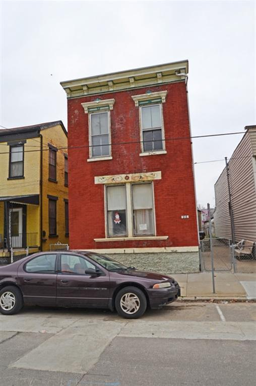 real estate photo 1 for 315 W 8th St Newport, KY 41071