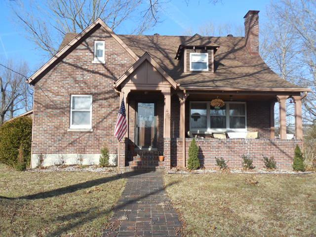 real estate photo 1 for 405 Chapel St Falmouth, KY 41040