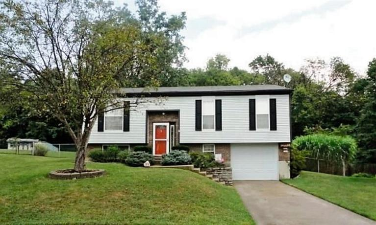 real estate photo 1 for 20 E Boesch Dr Alexandria, KY 41001