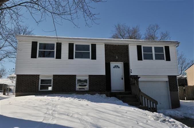 39 Carriage Hill Dr