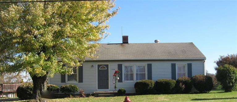 real estate photo 1 for 1508 N Main St Williamstown, KY 41097
