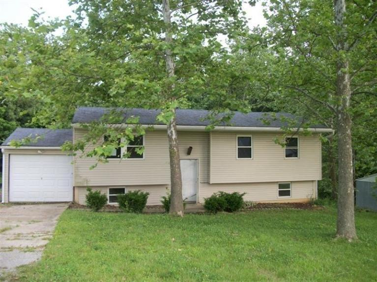 real estate photo 1 for 280 Oakwood Dr Crittenden, KY 41030