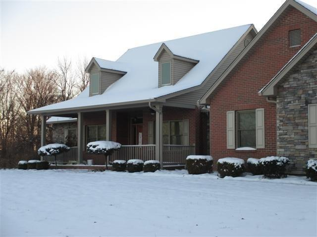 real estate photo 1 for 5947 Lieberman Rd Covington, KY 41015