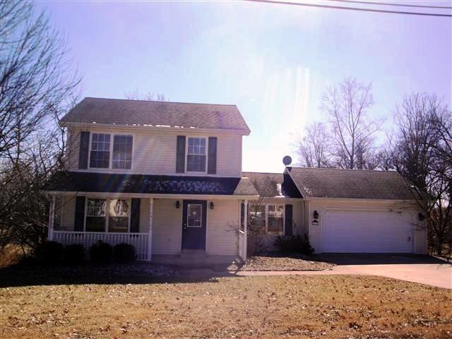 real estate photo 1 for 223 Cynthiana St Williamstown, KY 41097