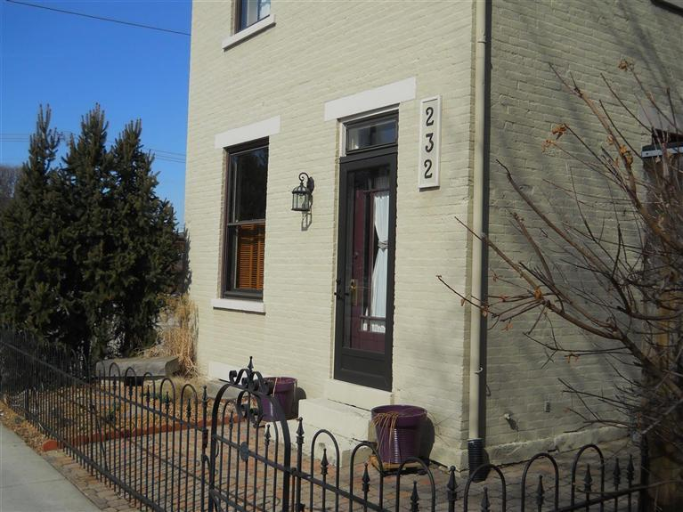 real estate photo 1 for 232 W 5th St Covington, KY 41011
