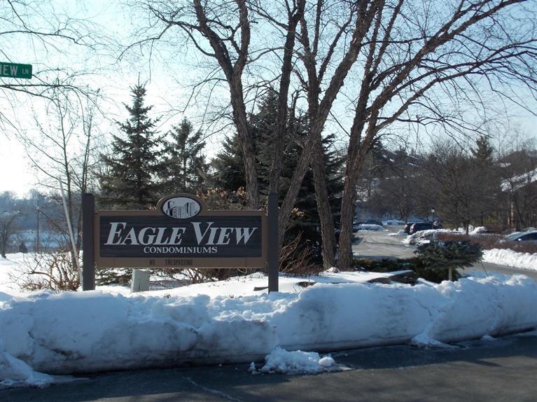 16 Eagle View Ln