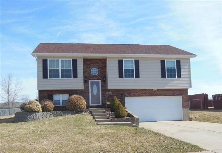 real estate photo 1 for 605 BARLEY Cir Crittenden, KY 41030
