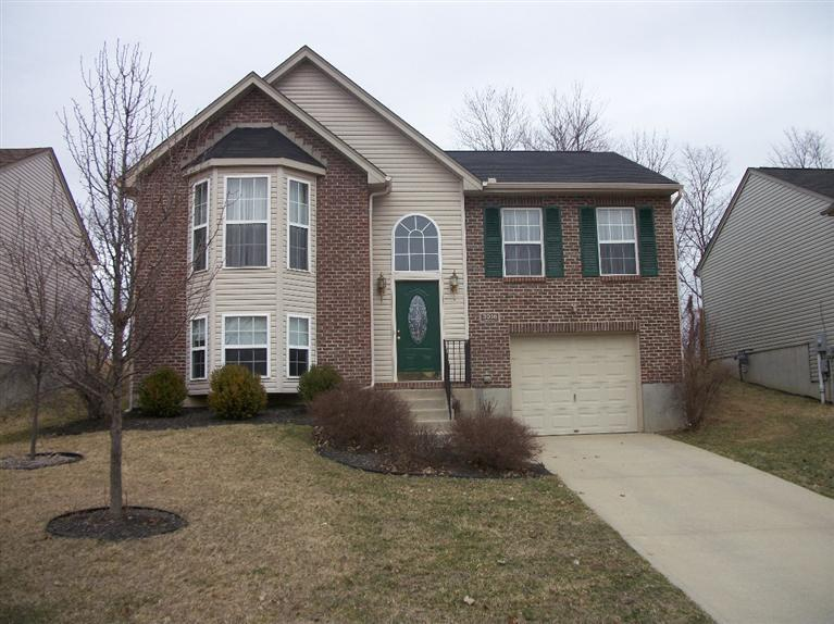 real estate photo 1 for 3016 Lansdowne Ln Hebron, KY 41048