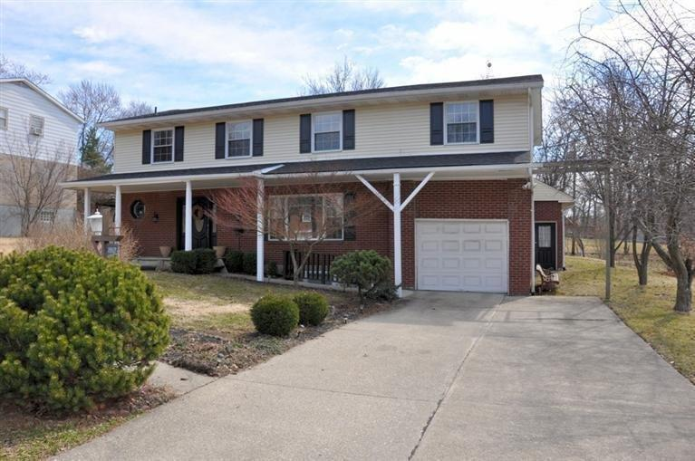 real estate photo 1 for 2917 Campus Dr Crestview Hills, KY 41017