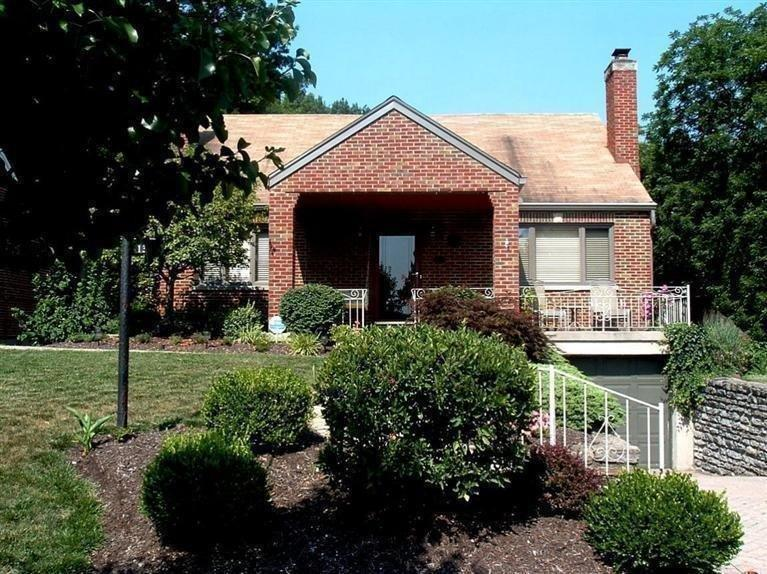 real estate photo 1 for 1304 E Henry Clay Ave Fort Wright, KY 41011